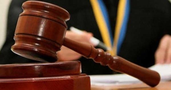 Суд разрешил задержать майора Мельниченко, его имущество арестовывают