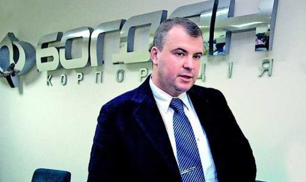 Круговая порука: Бизнес Порошенко будет 13 лет выплачивать миллиардные долги госбанку (подробности)