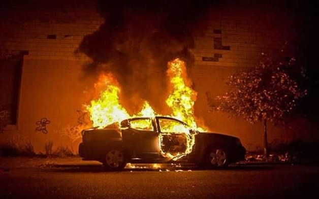 В Ровно сожгли машину судьи
