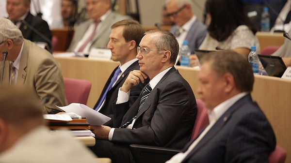 Самарский депутат Андрей Кислов паразитирует на местном ЖКХ?