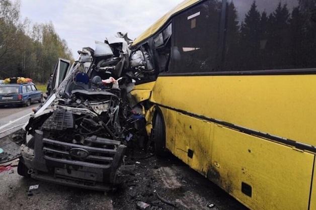 В Сети появилось видео ДТП под Тверью с 13 погибшими