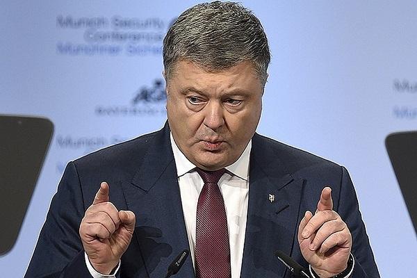 Порошенко: «Семочко – герой, а вы – агенты Кремля»