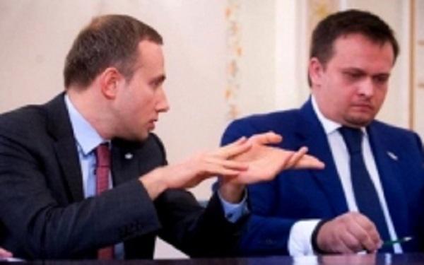 У Аветисяна забирают контроль над банком «Восточный», а его приятеля – губернатора Никитина «обложили» силовики