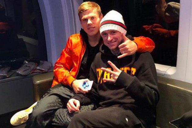 «Какой-то китаец». Футболисты Кокорин и Мамаев избили в московской кофейне главу департамента Минпромторга