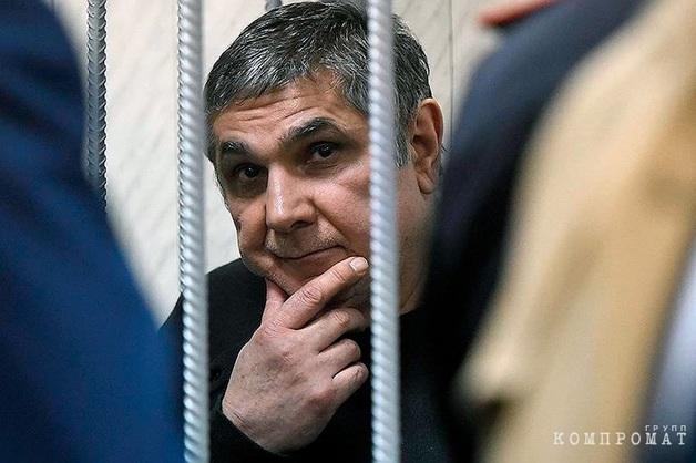 «В Россию возвращаться боюсь». Скрывающийся в Лондоне бизнесмен изложил свою версию «дела Шакро Молодого»