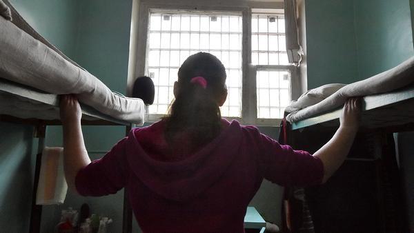 Три истории о московском «женском» СИЗО: «Если не отдашь телефон, мы всю камеру через гинекологическое кресло пропустим»