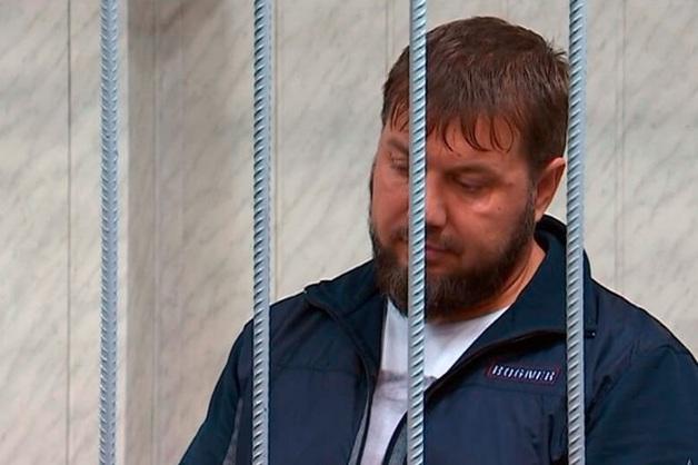 Охранники депутата Делимханова, обвиняемые в вымогательстве, в разгар суда оказались на свободе