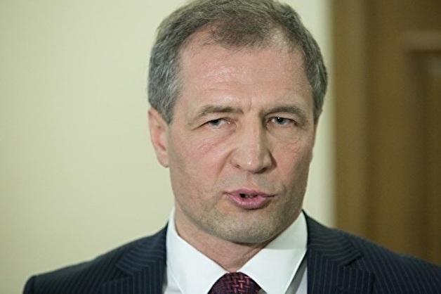 «Не хватает ни на цветы, ни на конфеты»: спикер гордумы Екатеринбурга предложил увеличить расходы на депутатскую деятельность