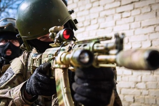 В Чечне силовики застрелили 17-летнего боевика и его старшего товарища