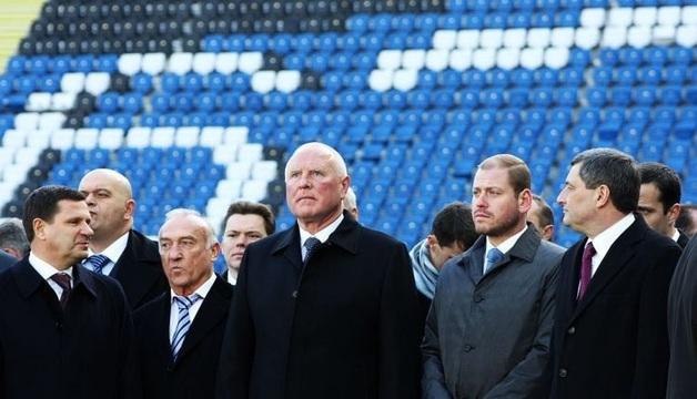 Леонид Климов попал под большую раздачу