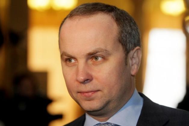 Шуфрич задекларировал гражданскую жену с двумя квартирами за $1 млн