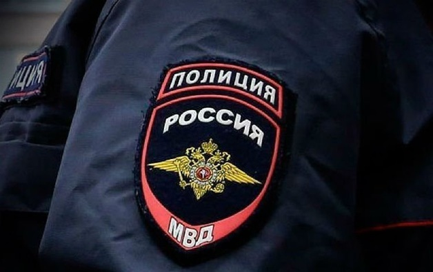 В Москве неизвестные отобрали у водителя сумку с 40 млн рублей