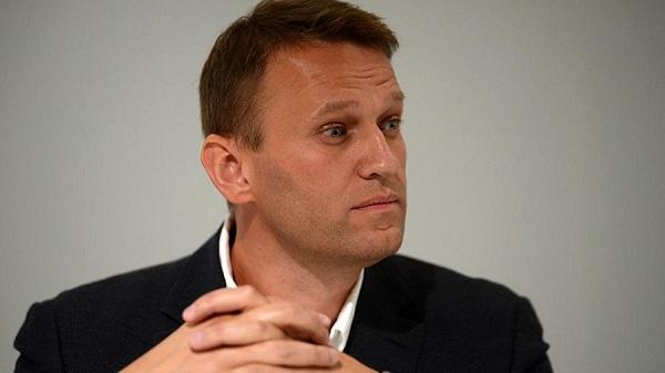 Навальный выиграл суд у приставов, которые на день закрыли ему выезд из страны