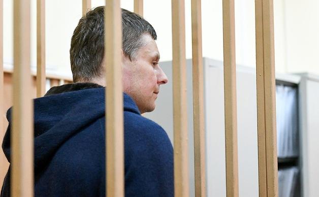 Привет из Ново-Огарево: после обыска Андрей Каминов недосчитался 30 тысяч долларов