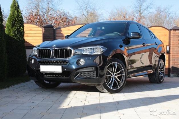 В центре Киева у директора венгерской компании из-под дома угнали BMW X6