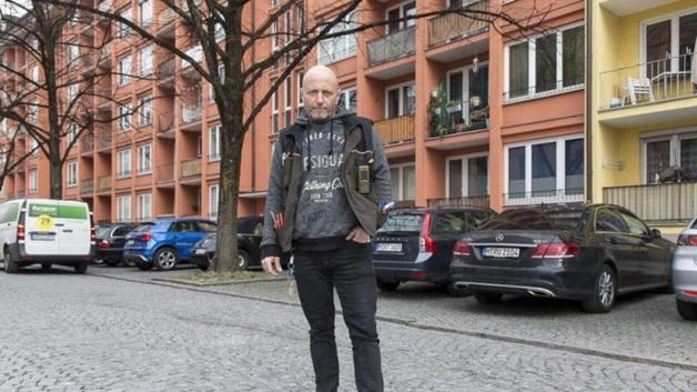Heмeцкий элeктpик нaшeл в poзeткe €80 тыcяч