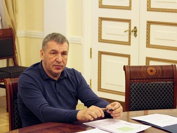 Уволенный вице-губернатор Албин попросил «не плевать ему в спину»