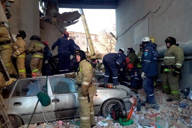 Опубликованы кадры разбора завалов на месте взрыва в Магнитогорске