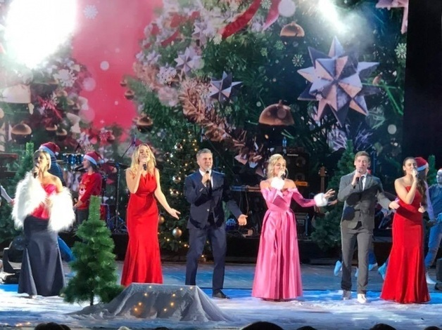 Вера Брежнева своим фото ''сдала'' российского губернатора: в чем суть