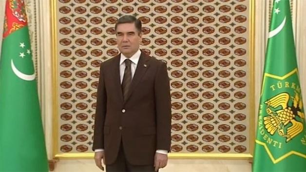 Опираясь на астрологию, президент Туркменистана предсказал хорошие урожаи в 2019 году