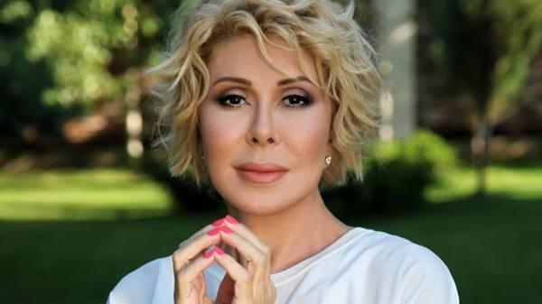 «Он себя ведет, как баба»: известную певицу лишили бизнеса в России