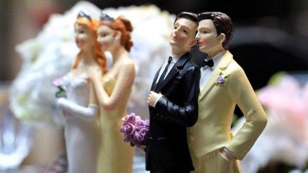 В Литве признали однополые браки, которые заключили за границей