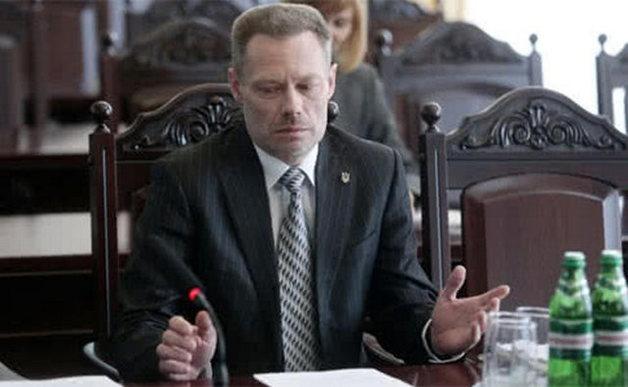Уволен киевский судья, отметившийся в пьяном ДТП