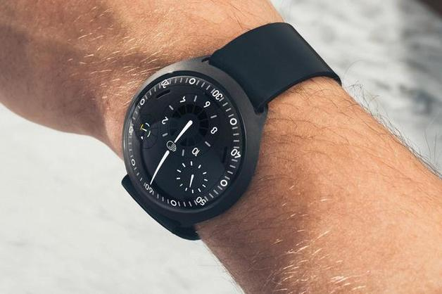 В Бельгии выпустили умные часы за 48 800 долларов
