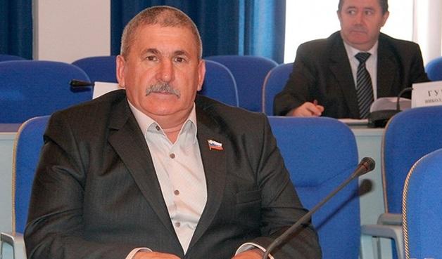Депутата-единоросса, сбившего насмерть ребенка, исключили из партии