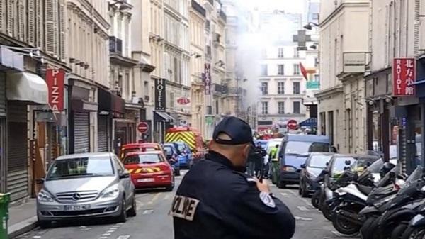 Появилось видео первых минут после взрыва в Париже