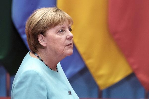 Меркель заявила, что Германия ответственна за преступления нацистов в Греции