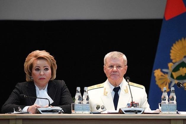 «Бояться будут точно больше»: Матвиенко предложила вернуть Чайке историческое звание генерал-прокурора