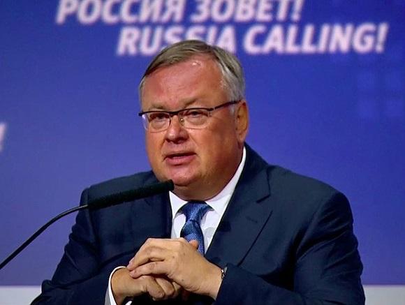 Андрей Костин давит российский Интернет