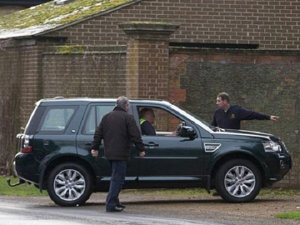 Принцу Филиппу доставили новый Land Rover вместо разбитого — менее, чем сутки спустя после аварии