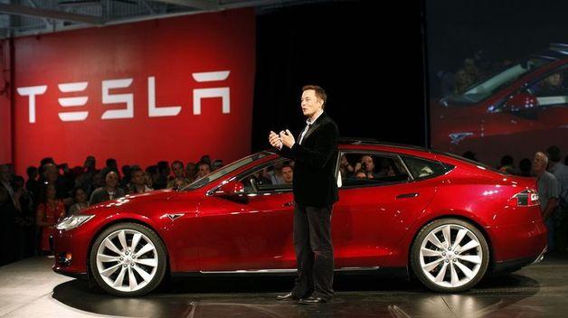 Tesla уволит часть сотрудников, чтобы сделать Model 3 доступнее