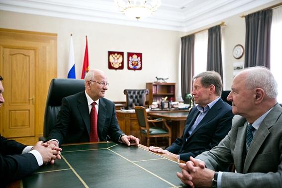 Как оренбургский губернатор Юрий Берг отдаст 15 бюджетных млн, потраченных на фейк-проект «биокожа»