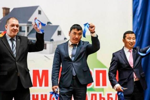 Якутский бизнесмен задержан за попытку дать взятку министру