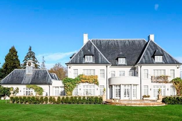 Бывшая жена Березовского распродает недвижимость в Великобритании