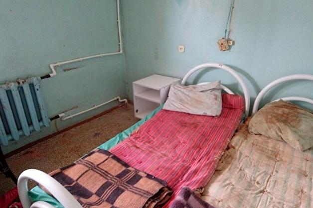 Главврач ярославской ЦРБ отругал пациентов, опубликовавших фото разрушающегося отделения