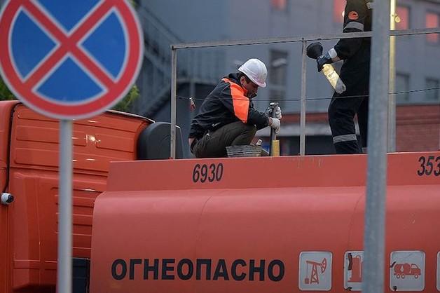 Полковника ФСО заподозрили в махинациях при поставках топлива в Крым