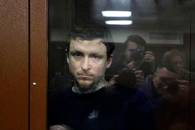 Суд продлил арест Кокорину и Мамаеву
