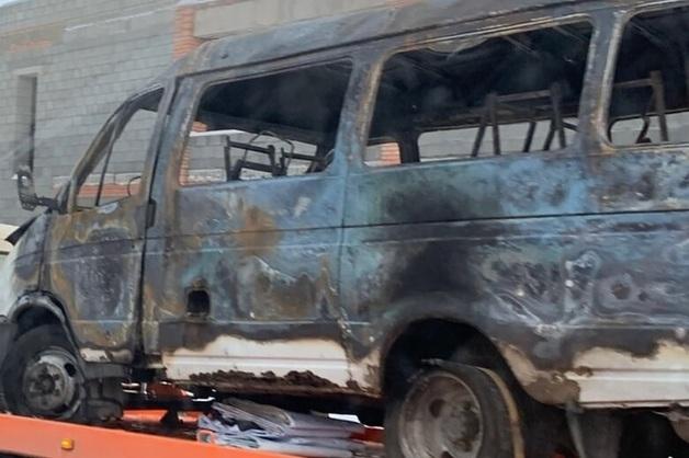 Находившиеся во взорвавшейся в Магнитогорске маршрутке мужчины были застрелены