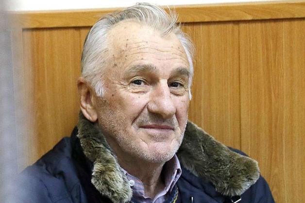 Завершено расследование дела о мошенничестве против экс-сенатора от КЧР Дерева