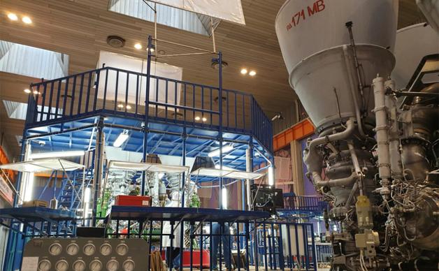 Рогозин сообщил о сборке первого «царь-двигателя» для нового «Союза»