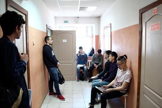 В Смоленске раскрыли банду педофилов после осмотра школьника в военкомате