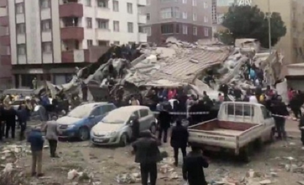 Трагедия в Стамбуле: Эрдоган назвал причину обрушения многоэтажного дома