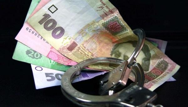 Чиновника Службы автодорог в Луганской области уличили во взяточничестве