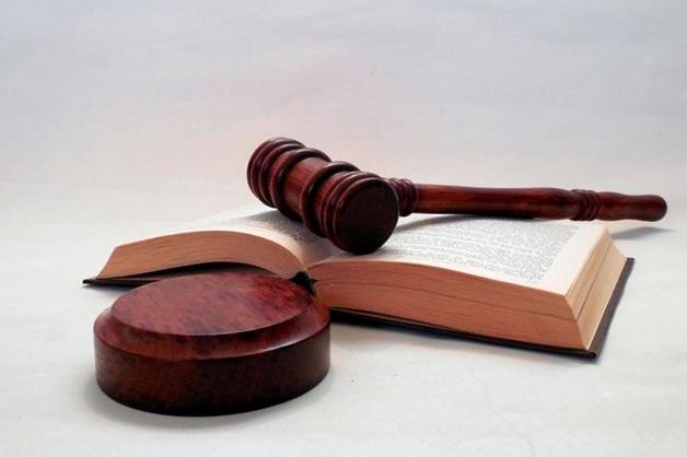 Обвиняемый в нападении на оперативника ФСБ петербургский бизнесмен отделался штрафом