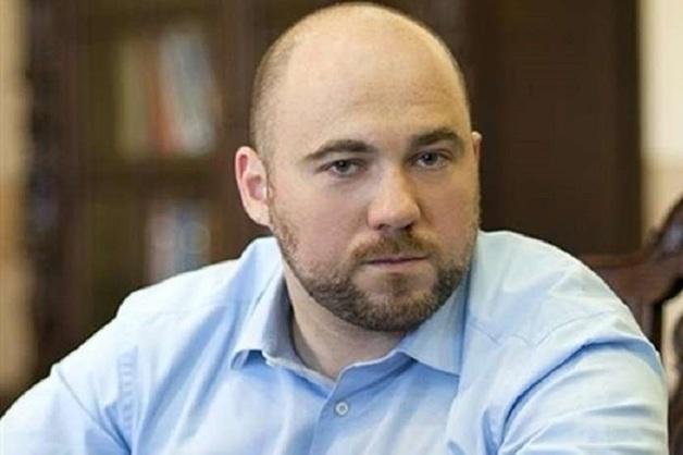 Экс-нардеп Столар планирует построить многоэтажку на парковке в центре Киева