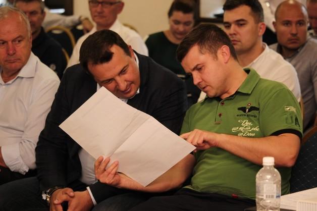 Прохоренко не выдержал испытания Коболевым